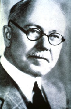 Claude Hopkins author of Scientific Advertising